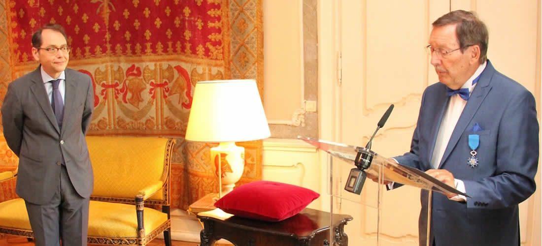 Slavnostní předání Řádu za zásluhy panu Petru Kalašovi