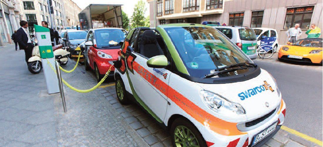 Trojice článků o elektromobilitě vNěmecku