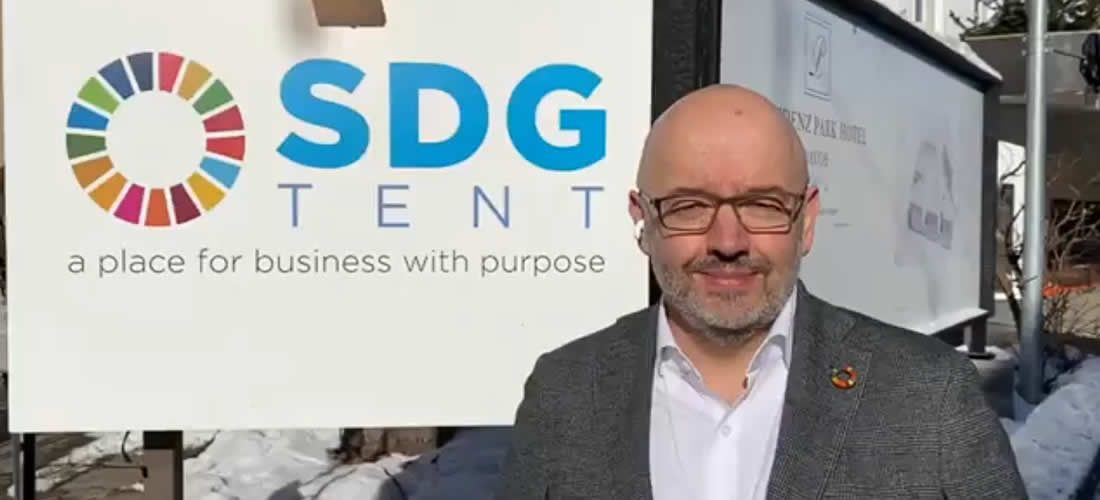 Videopozdrav prezidenta WBCSD Petera Bakkera zDavosu