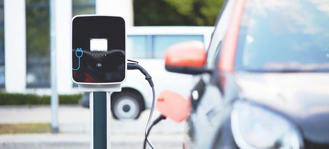 Zájem o elektromobily během pandemie nemoci Covid-19 překvapivě neklesl